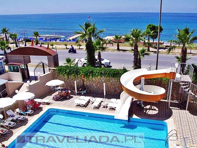 bayar-beach.jpg