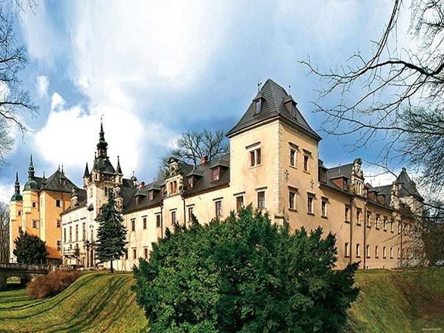 zamek-kliczkow.jpg