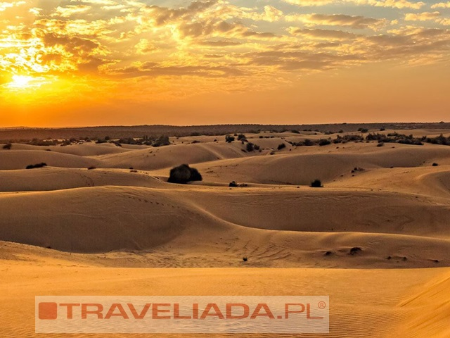 kolory-pustynnych-miast_12.jpg