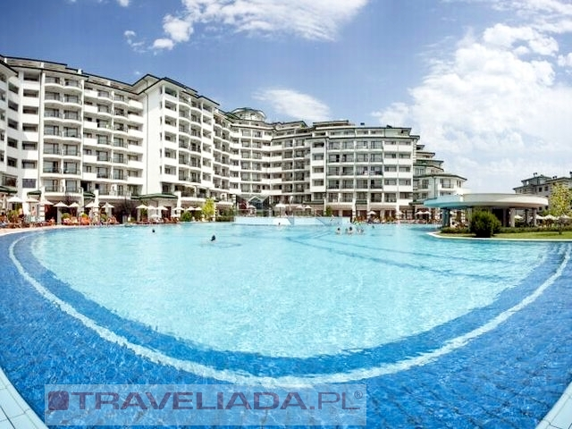 emerald-beach-resort-spa.JPG