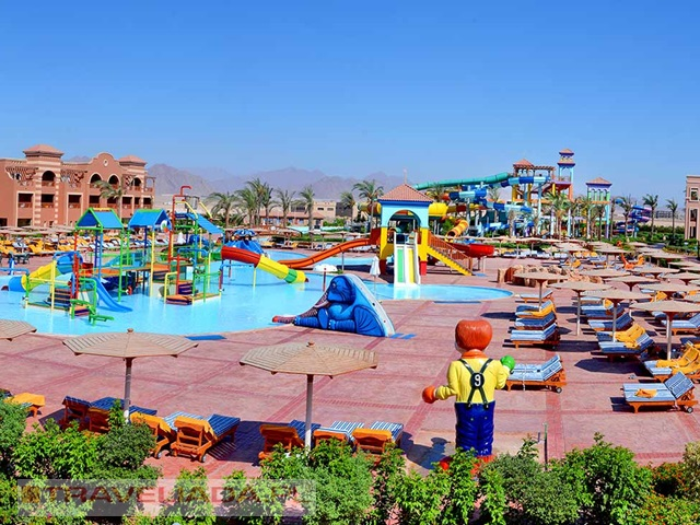 charmillion-club-aqua-park-ex-sea-club-aquapark.jpg