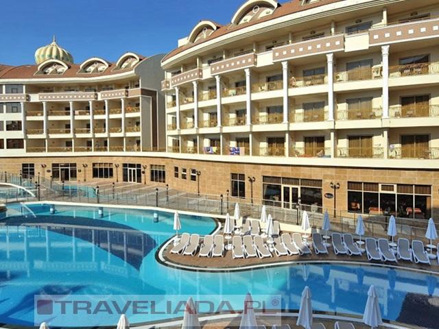kirman-belazur-resort.jpg