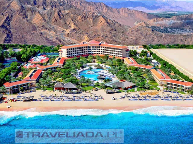 fujairah-rotana-resort-spa.jpg