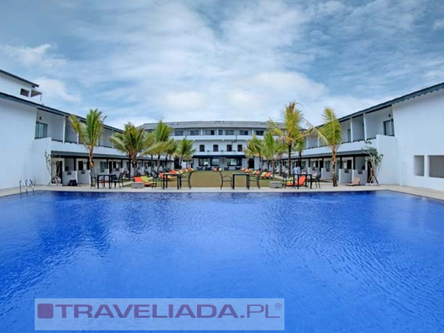 coco-royal-beach-resort.jpg